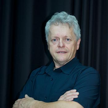 Dr Hans Poelman